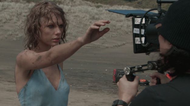 Watch Taylor Swift Get 'Bedraggled And Emotional' While Filming 'Out Of The Woods'