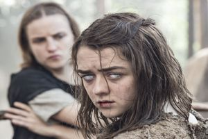 Maisie Williams Surprised A Bunch Of Fans At Their Game Of Thrones