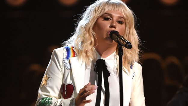 Watch Kesha Perform 'I Shall Be Released' In Another Bob Dylan Tribute