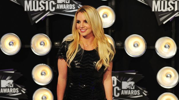 All Of Britney Spears's VMA Outfits From Least To Most Midriff-Baring