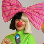 Sia Appeared Mask-Free On Sesame Street For A Song About Songs