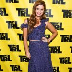 JoAnna Garcia Swisher Showed Off Her Acting Abilities On 'TRL'