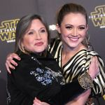 Billie Lourd Celebrates Carrie Fisher's Birthday With A Sweet Mother-Daughter Pic