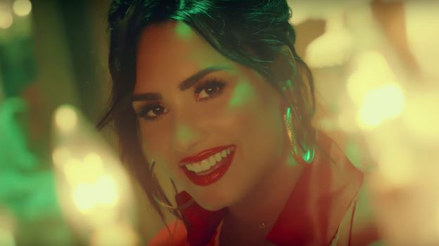 Demi Lovato Shows Off Her Spanish In Fierce New Song With Luis Fonsi Celebrity News