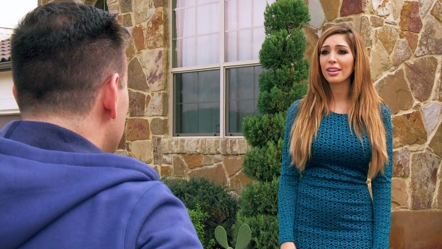 Babe pleases her handsome man