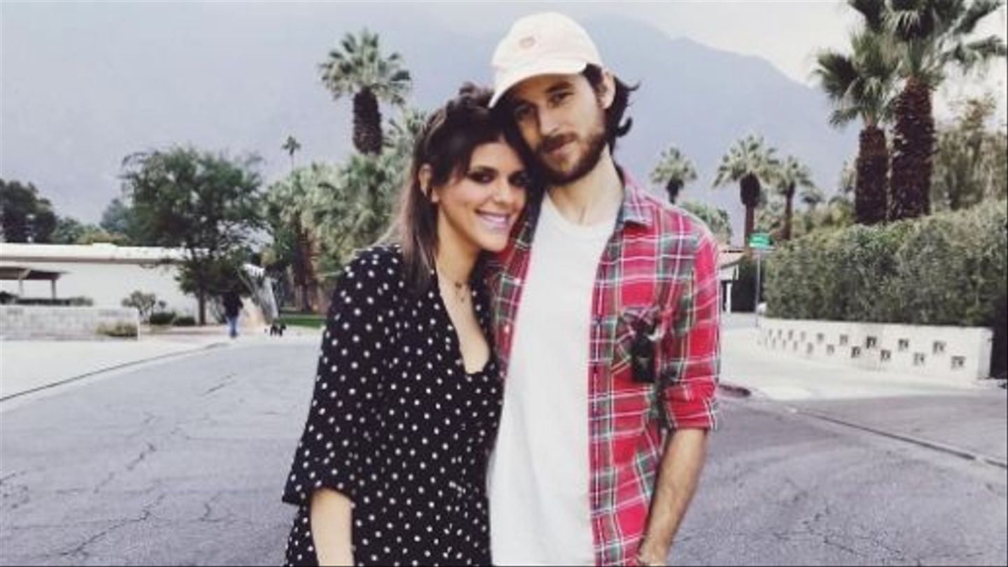 Awkward Star Molly Tarlov Ties The Knot