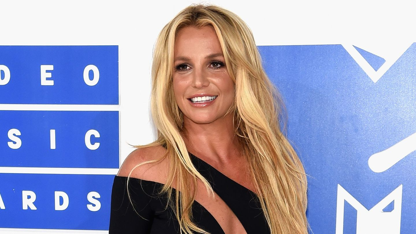 Is This The Most Cringeworthy Britney Spears Wax Figure Yet?