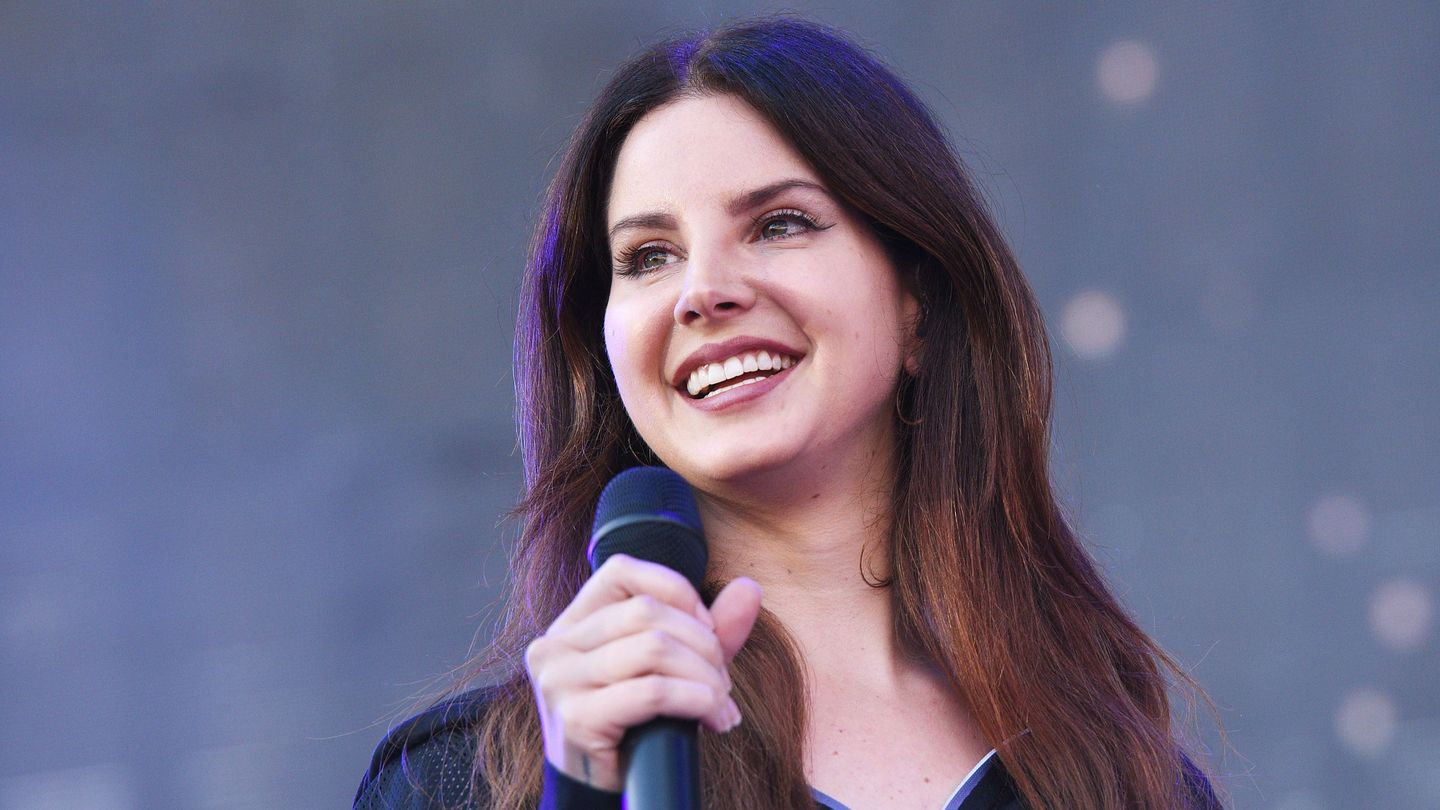 Lana Del Rey Spent Her Birthday Blissing Out At A Rock Show