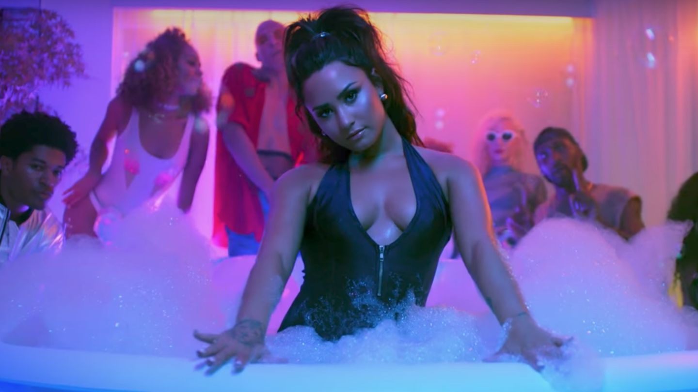 Mgid Ao Image Mtv Quality Format Width Height 810 Demi Lovato Instruction