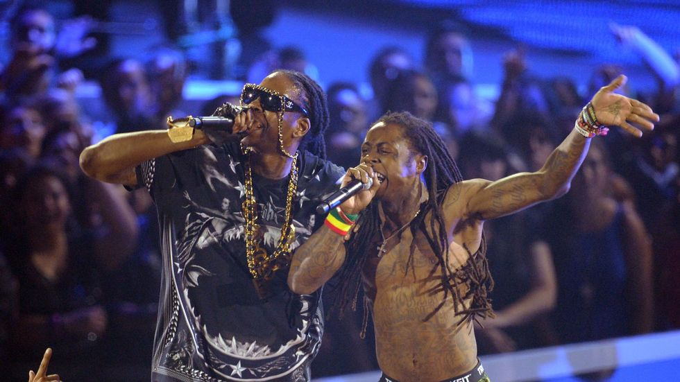 2 Chainz and Lil Wayne's ColleGrove project has a release