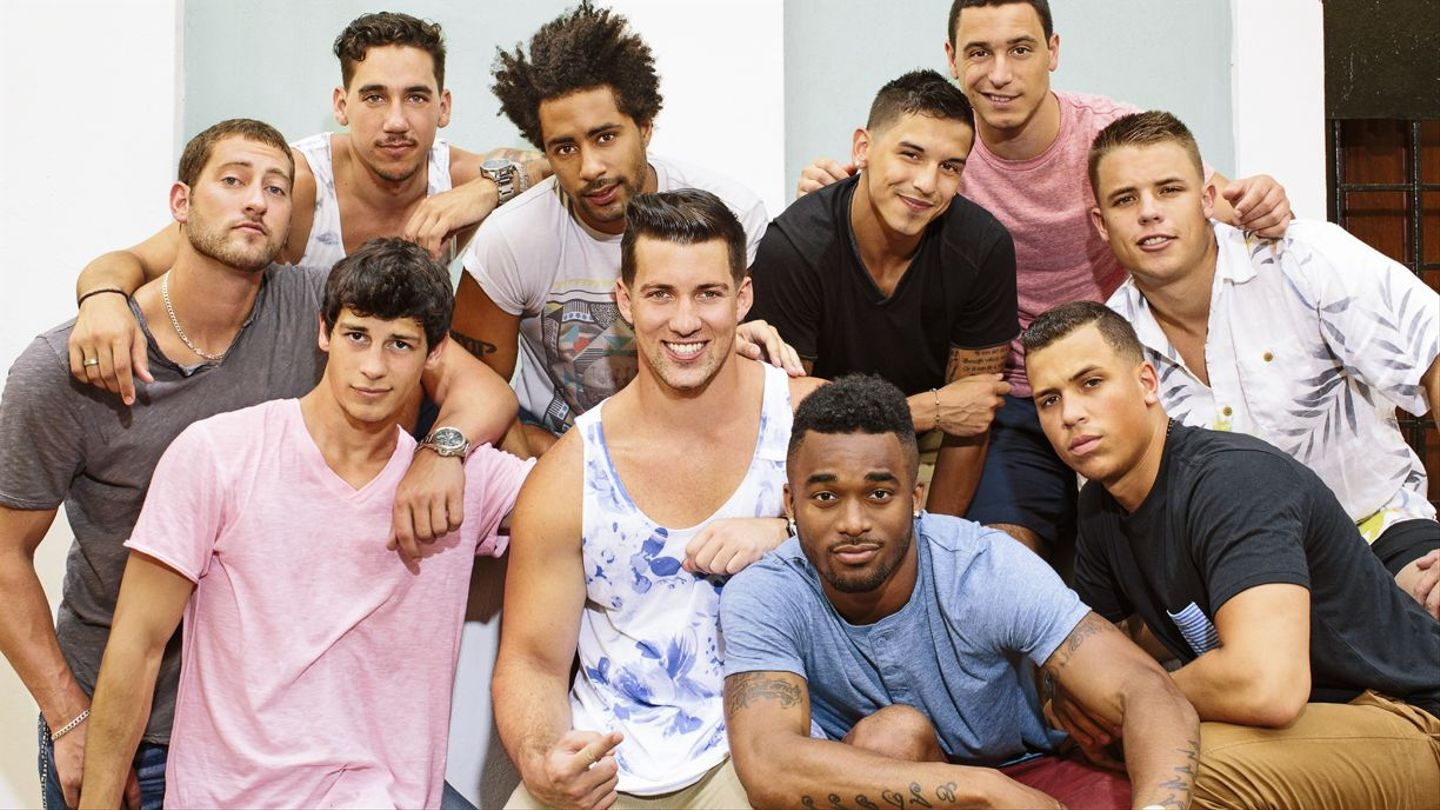 meet the really hunky guys of 39 are you the one 39 mtv. Black Bedroom Furniture Sets. Home Design Ideas