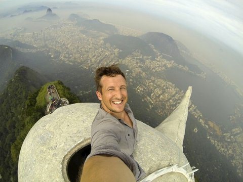 Lee Thompson's epic selfie.