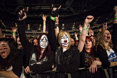Thirty Seconds to Mars fans