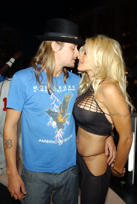 2001 MTV Video Music Awards - Audience and Backstage