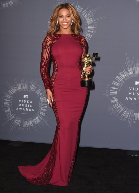 INGLEWOOD, CA - AUGUST 24: Beyonce Knowles Poses at the 2014 MTV Video Music Awards at The Forum on August 24, 2014 in Inglewood, California. (Photo by Steve Granitz/WireImage)