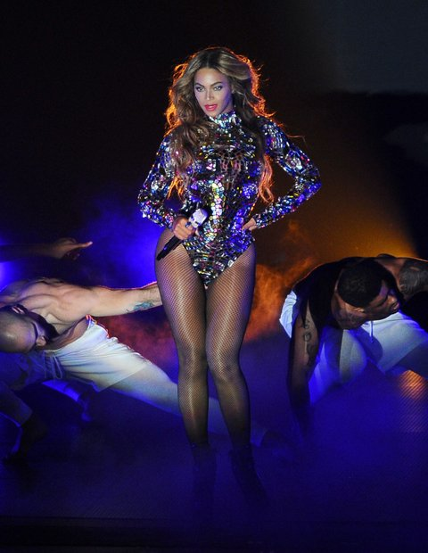 INGLEWOOD, CA - AUGUST 24: Beyonce performs onstage at the 2014 MTV Video Music Awards at The Forum on August 24, 2014 in Inglewood, California. (Photo by Jason LaVeris/FilmMagic)