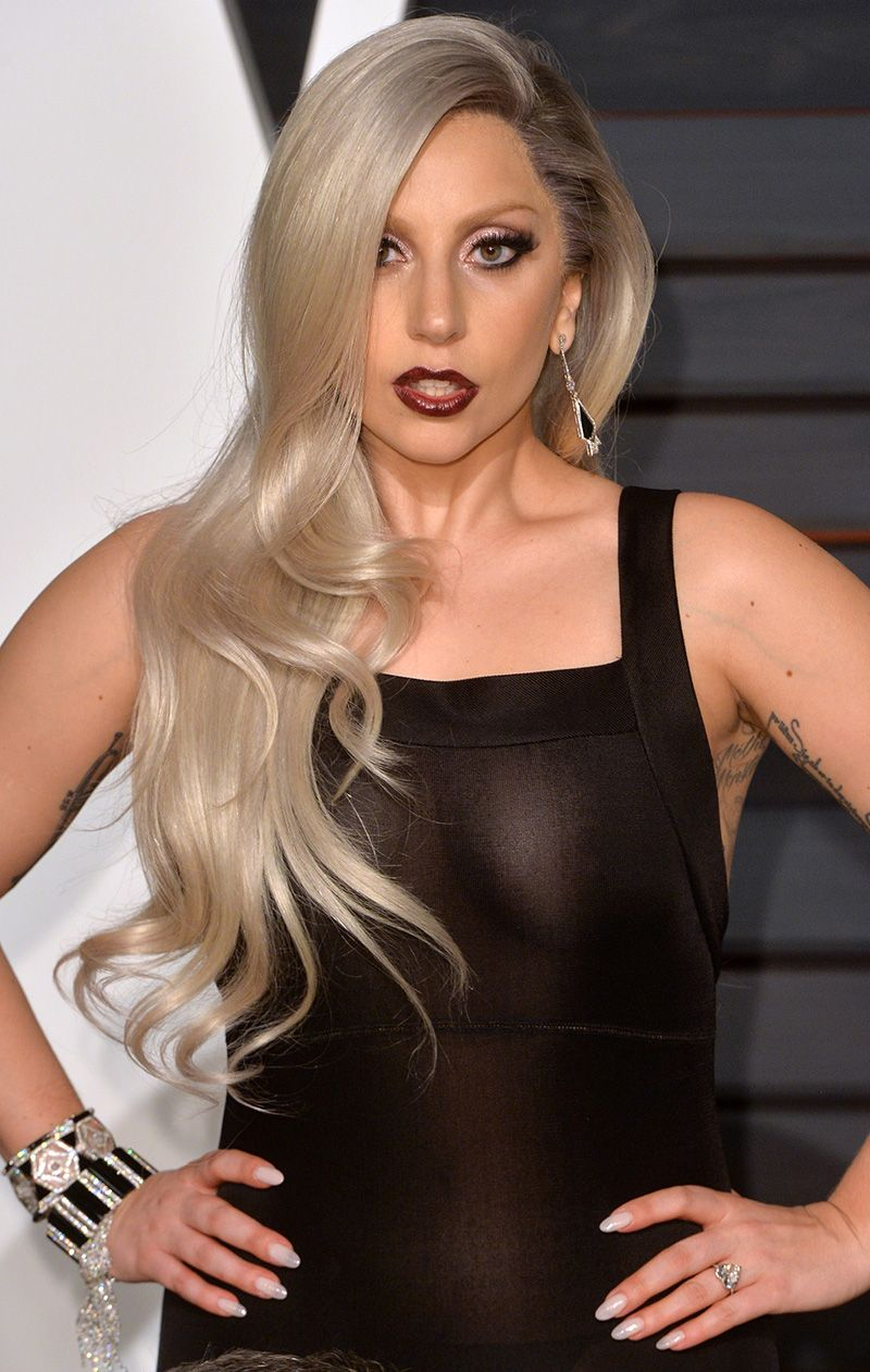 Your Eyes Are Lying Lady Gaga S Hair Isn T Gray Mtv