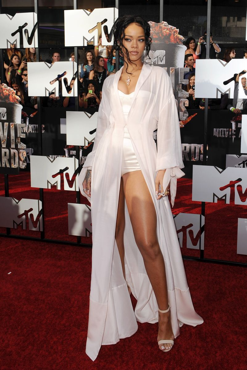 17 Celebs Who Got Butt-Ass Naked At The Movie Awards - MTV