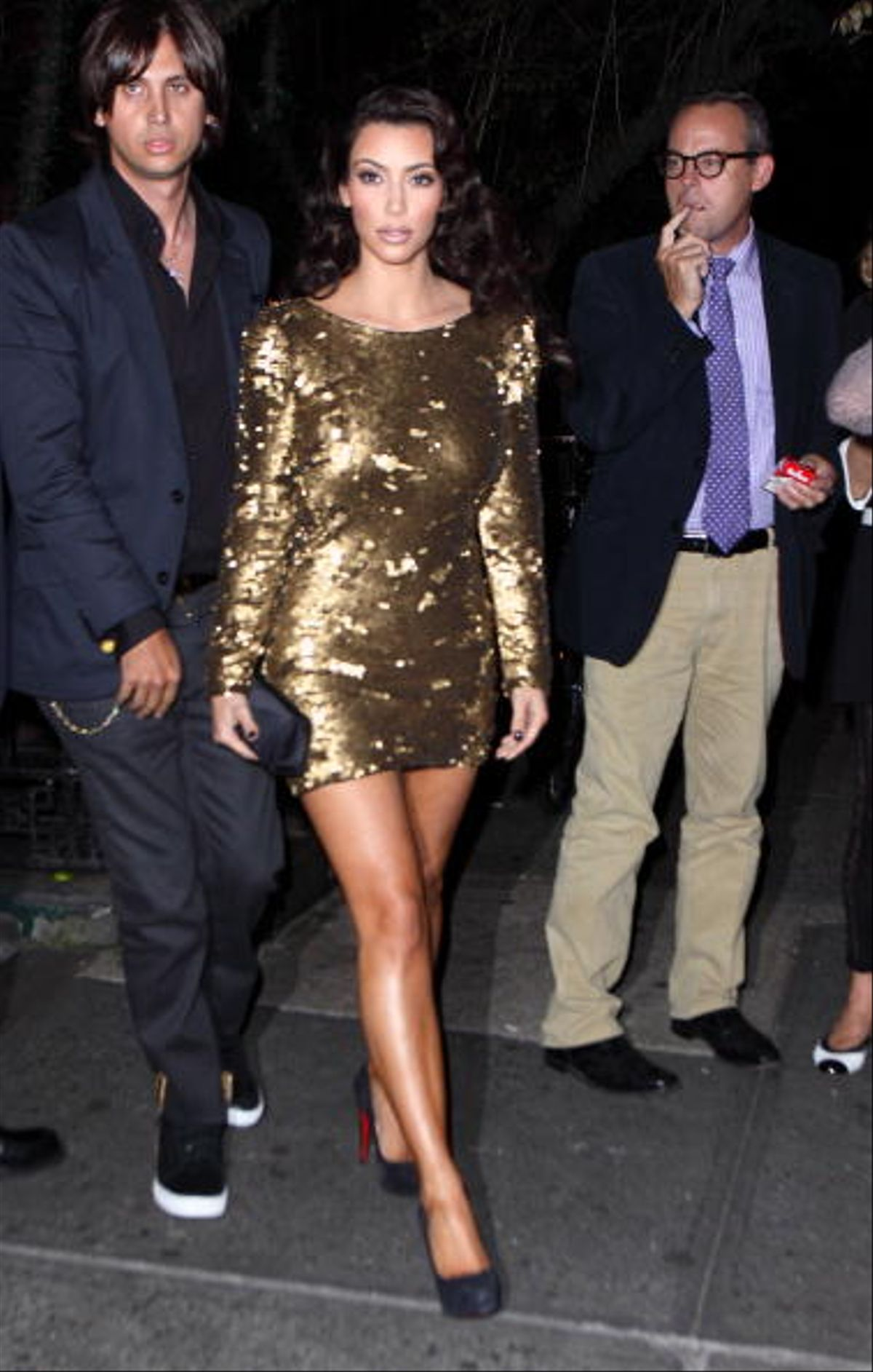 NEW YORK - SEPTEMBER 13: Kim Kardashian (C) and Jonathan Cheban (L) attend a post MTV Video Music Awards dinner at The Waverly Inn on September 13, 2009 in New York City. (Photo by John Parra/WireImage)