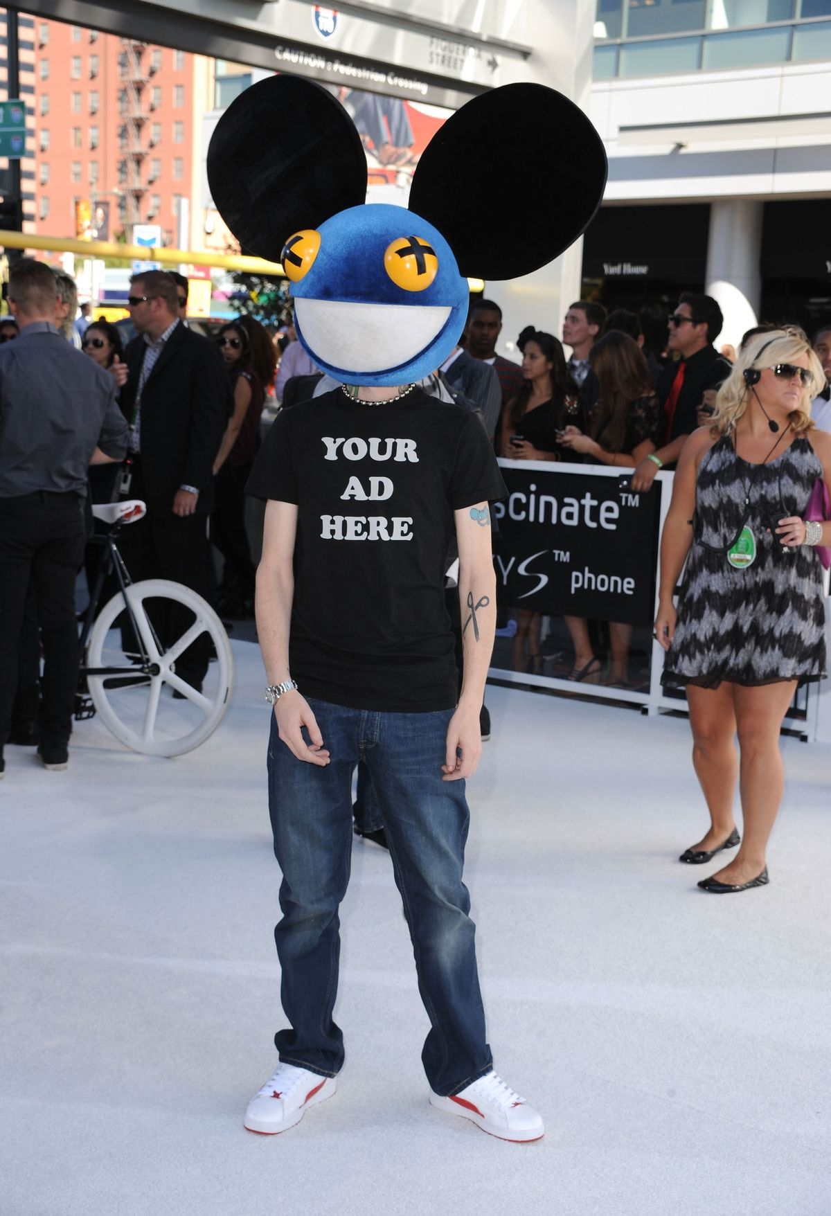 LOS ANGELES, CA - SEPTEMBER 12:  Deadmau5  arrives at the 2010 MTV Video Music Awards held at Nokia Theatre L.A. Live on September 12, 2010 in Los Angeles, California.  (Photo by Steve Granitz/WireImage)