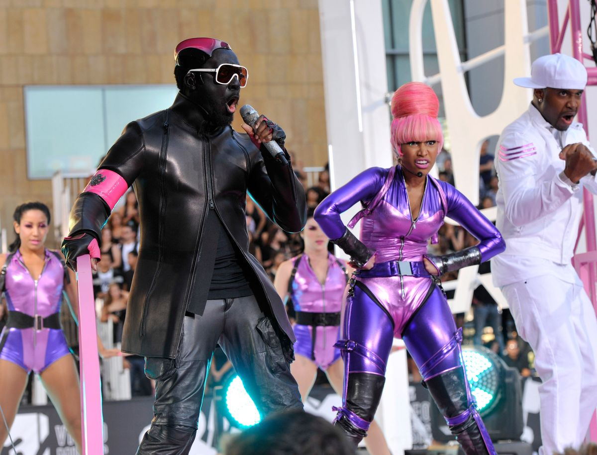 will.i.am and Nicki Minaj arrives at the 2010 MTV Video Music Awards held at Nokia Theatre L.A. Live on September 12, 2010 in Los Angeles, California.