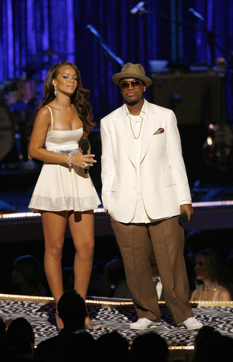See What A 17 Year Old Rihanna Wore At Her Very First Vmas
