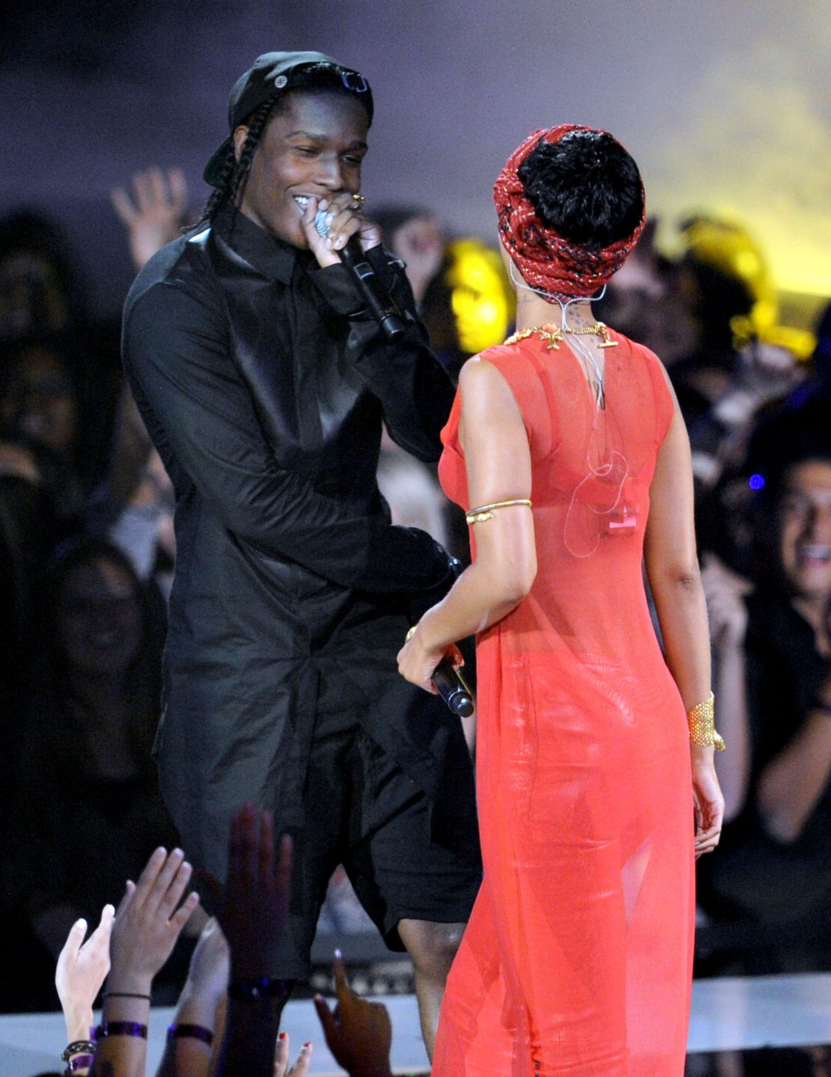LOS ANGELES, CA - SEPTEMBER 06: Singer Rihanna (R) and rapper A$AP Rocky perform onstage during the 2012 MTV Video Music Awards at Staples Center on September 6, 2012 in Los Angeles, California. (Photo by Kevin Winter/Getty Images)