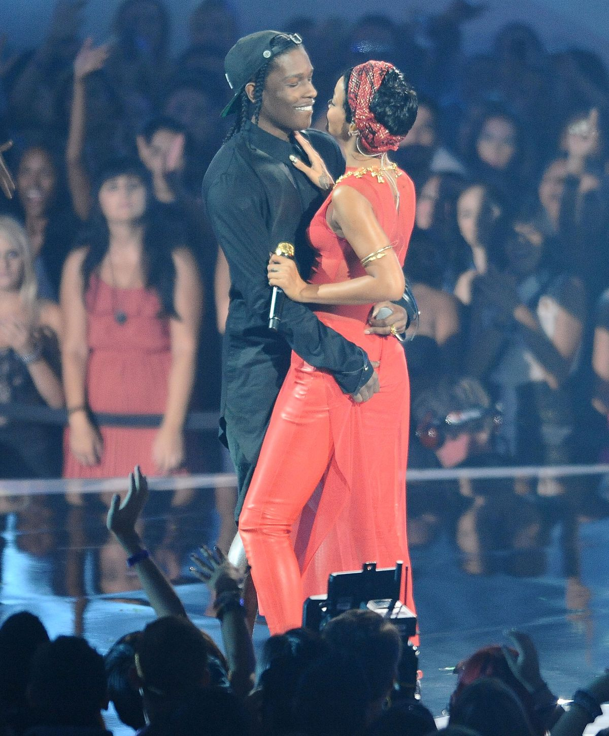 does-asap-rocky-dating-rihanna-biting-fetish-video