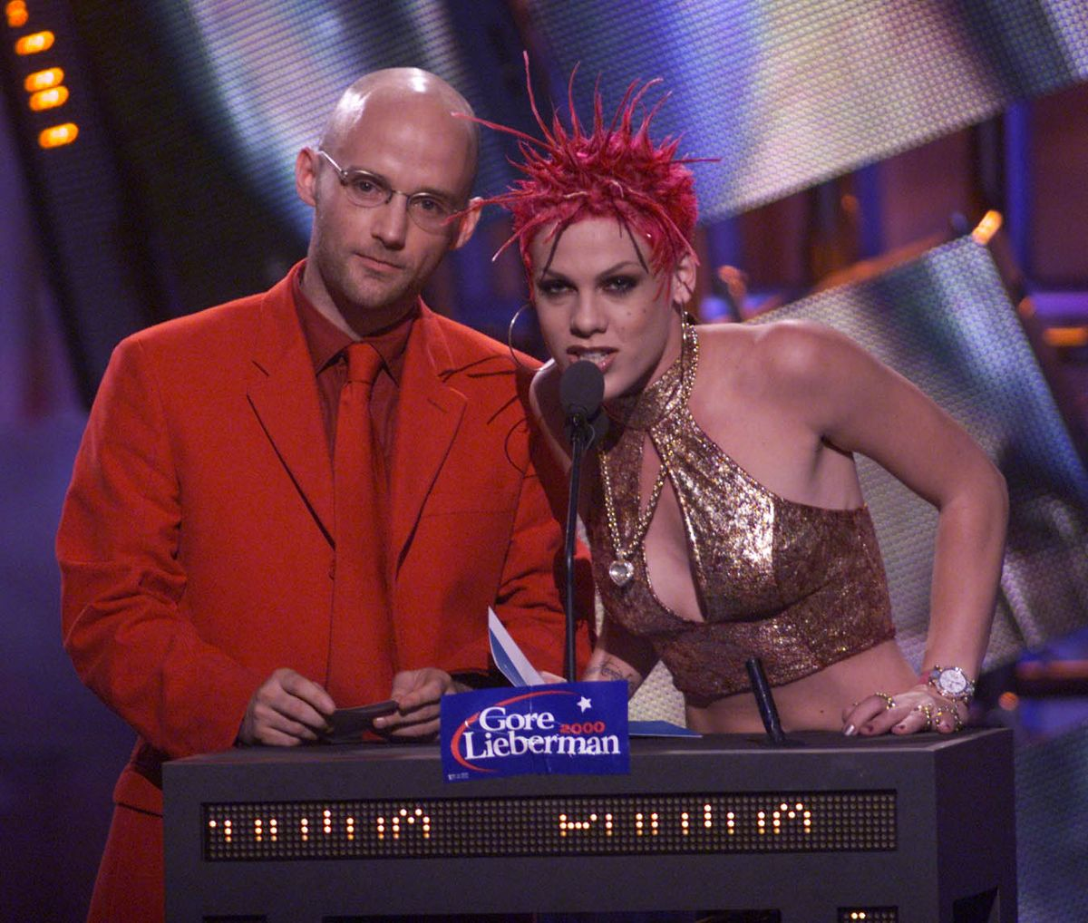 Moby and Pink at the 2000 MTV Video Music Awards. Photo by Dave Hogan/Getty Images