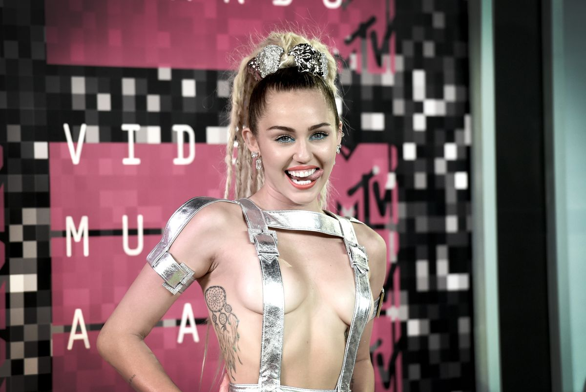 attends the 2015 MTV Video Music Awards at Microsoft Theater on August 30, 2015 in Los Angeles, California.