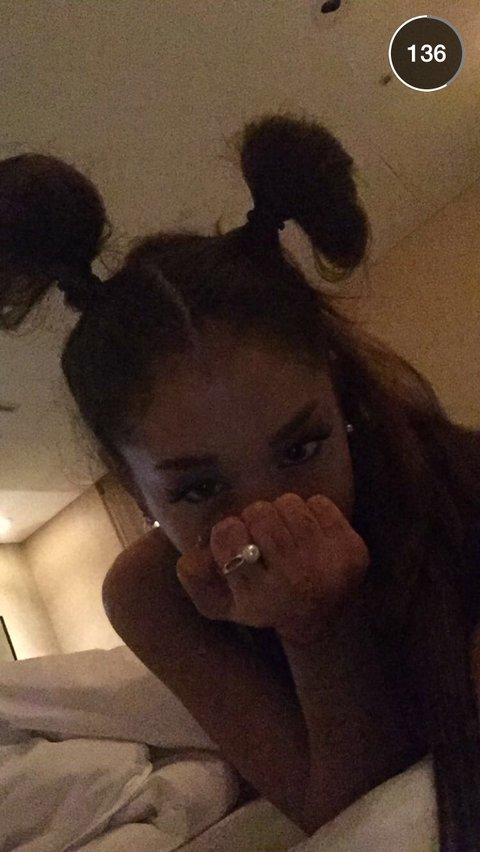 Ariana Grande Approves This Fan S Adorable Drawing Of Her