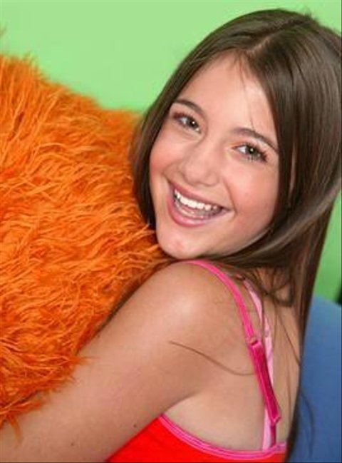 Stacey zoey 101 cotton swabs