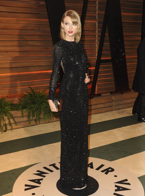 WEST HOLLYWOOD, CA - MARCH 02: Taylor Swift attends the 2014 Vanity Fair Oscar Party hosted by Graydon Carter on March 2, 2014 in West Hollywood, California. (Photo by Jon Kopaloff/FilmMagic)