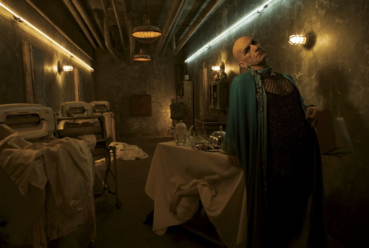 AMERICAN HORROR STORY: HOTEL -- Pictured: Denis O'Hare as Liz Taylor. CR: Frank Ockenfels/FX