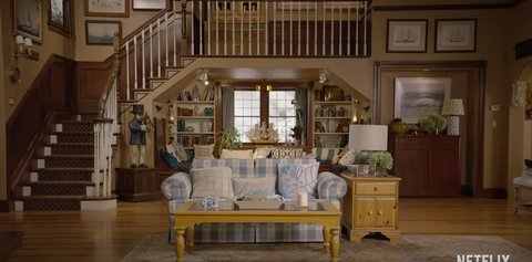 9 thoughts you have while watching 39 fuller house 39 for Complete living room sets with tv