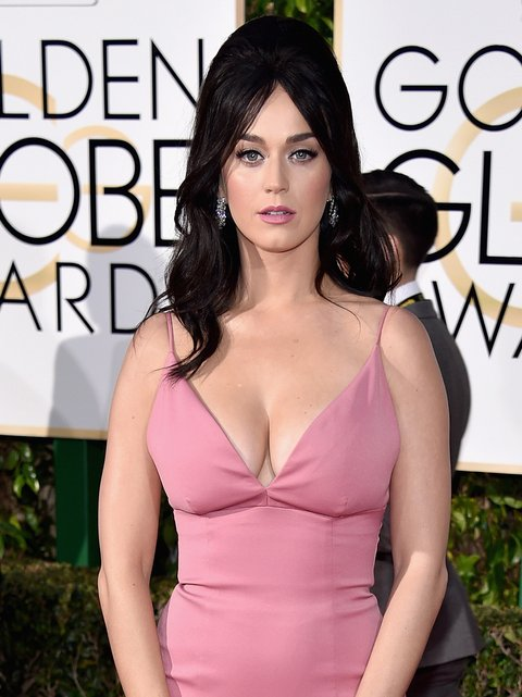 Katy Perry Goes Glam on the 2016 Golden Globes Red Carpet