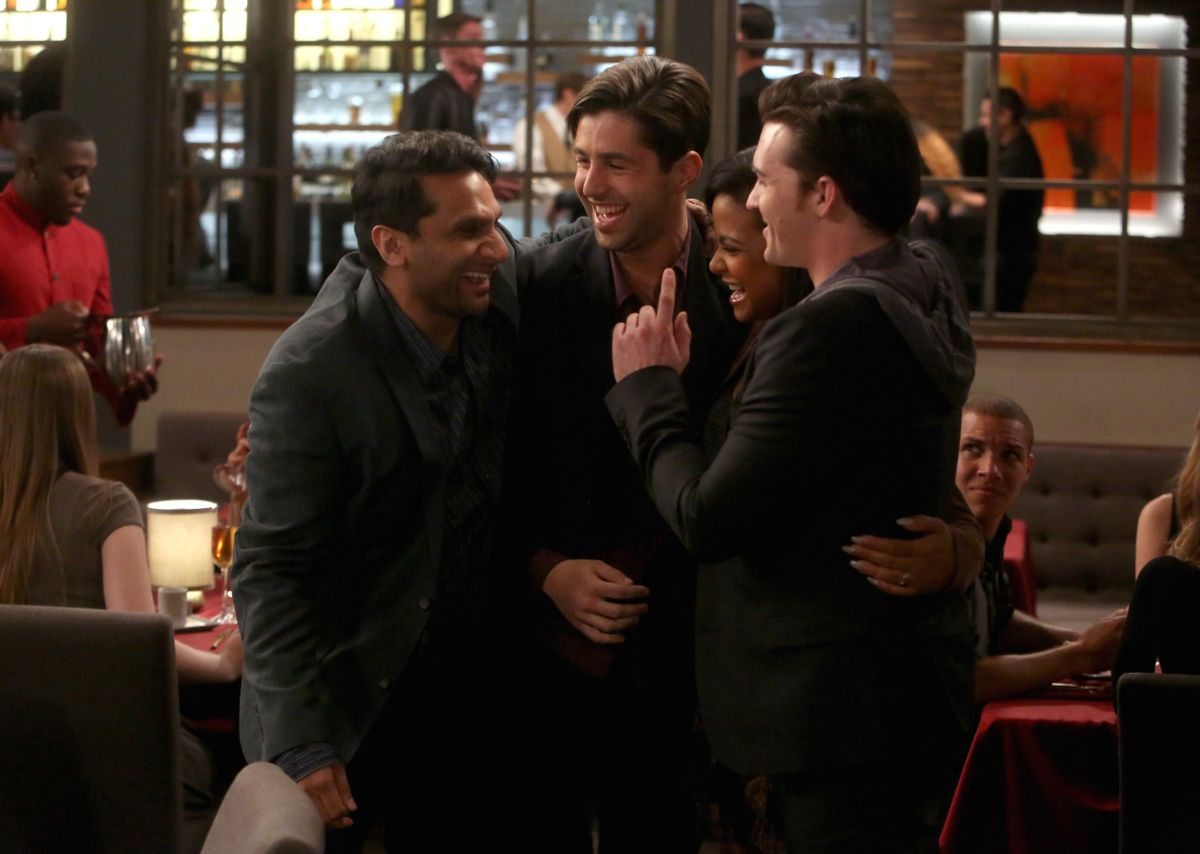 GRANDFATHERED: L-R: Ravi Patel, Josh Peck, Christina Milian and guest star Drake Bell in the ÒThe BiterÓ episode of GRANDFATHERED airing Tuesday, Feb. 9 (8:30-9:00 PM ET/PT) on FOX. ©2016 Fox Broadcasting Co. Cr: Jordin Althaus/FOX