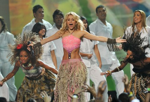 MIAMI - JULY 15: Singer Shakira performs onstage at the Univision Premios Juventud Awards at BankUnited Center on July 15, 2010 in Miami, Florida. (Photo by Rodrigo Varela/Getty Images)