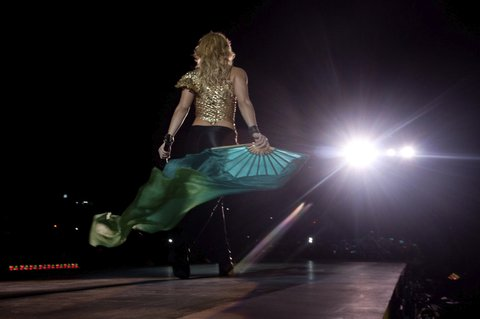 GUADALAJARA, MEXICO - APRIL 05: Colombian singer Shakira performs during her presentation in the Universidad Autónoma de Guadalajara Stadium on March 05, 2011 in Guadalajara, Mexico. (Photo by Leonardo Suarez Romero/LatinContent/Getty Images)