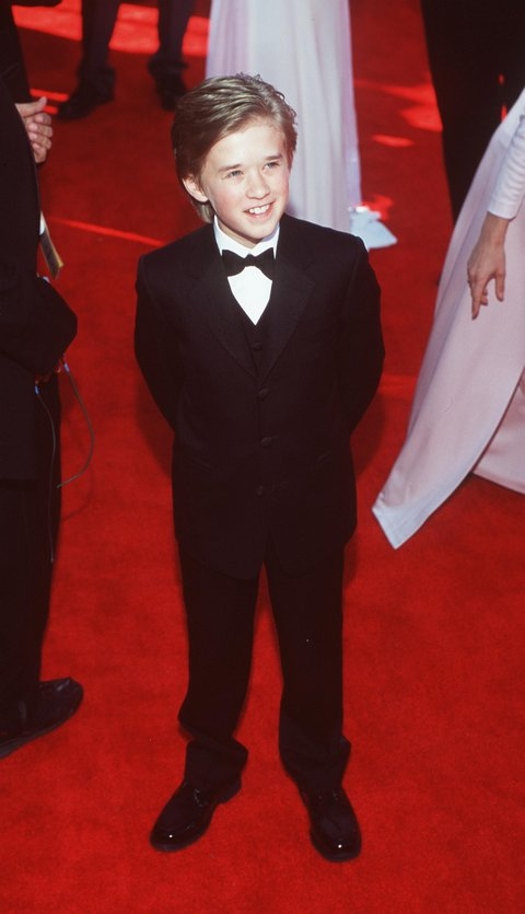 E366553 3/26/00 Los Angeles, CA. Halley Joel Osment at the 72nd Annual Academy Awards. Dave McNewOnline USA Inc.