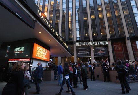 NEW YORK, NY - APRIL 17: An exterior view of Madison Square Garden prior to the game between the New York Knicks and the Atlanta Hawks on April 17, 2013 in New York City. NOTE TO USER: User expressly acknowledges and agrees that, by downloading and/or using this photograph, user is consenting to the terms and conditions of the Getty Images License Agreement. (Photo by Bruce Bennett/Getty Images)