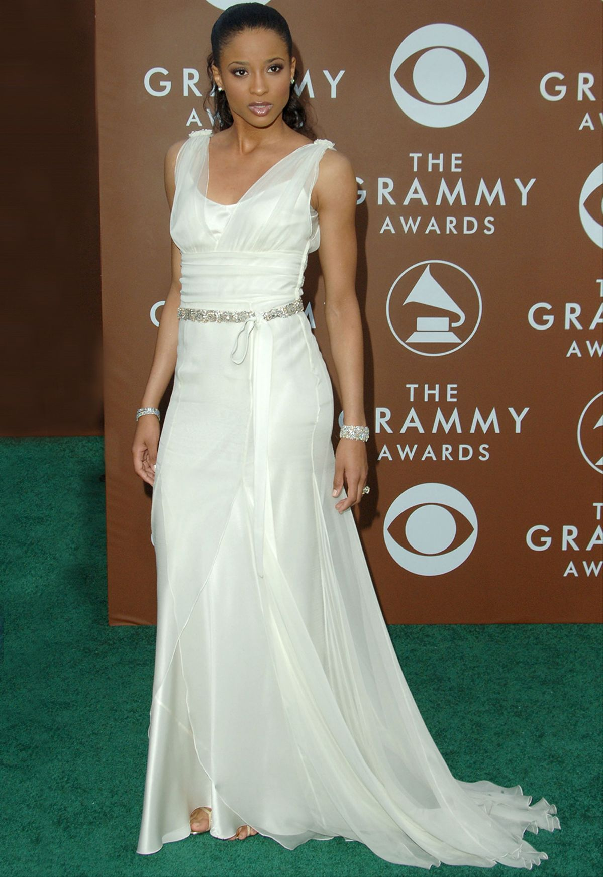 This Is What The Grammys Red Carpet Looked Like 10 Years