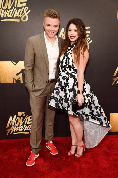 13 Picture-Perfect Couples Who Won The Movie Awards Red ...