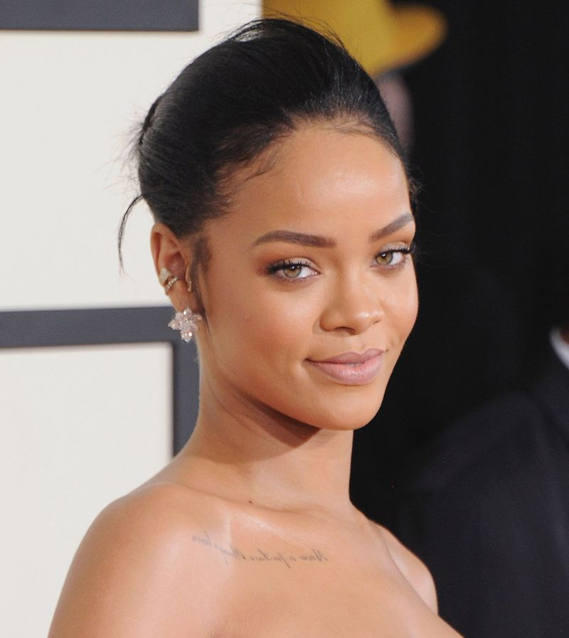 19 Of Rihanna's Best Beauty Looks To Gaze At Until Her