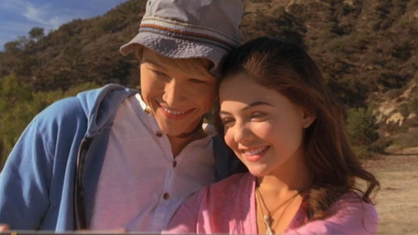 Starstruck S Sterling Knight And Danielle Campbell Had A