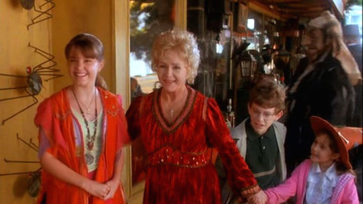 marnie piper is returning to halloweentown again and bringing magical surprises mtv - Marnie From Halloween Town