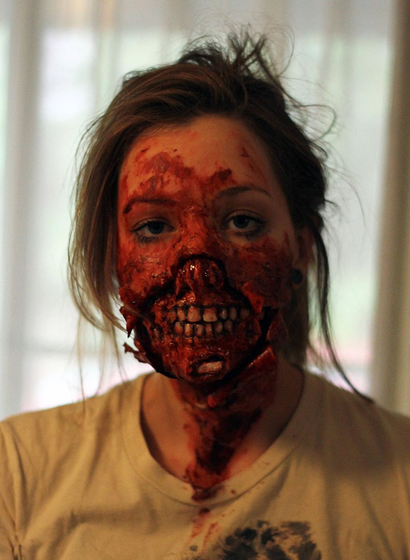 The 11 Best Zombie Makeup Tutorials For Your 'Walking Dead ...