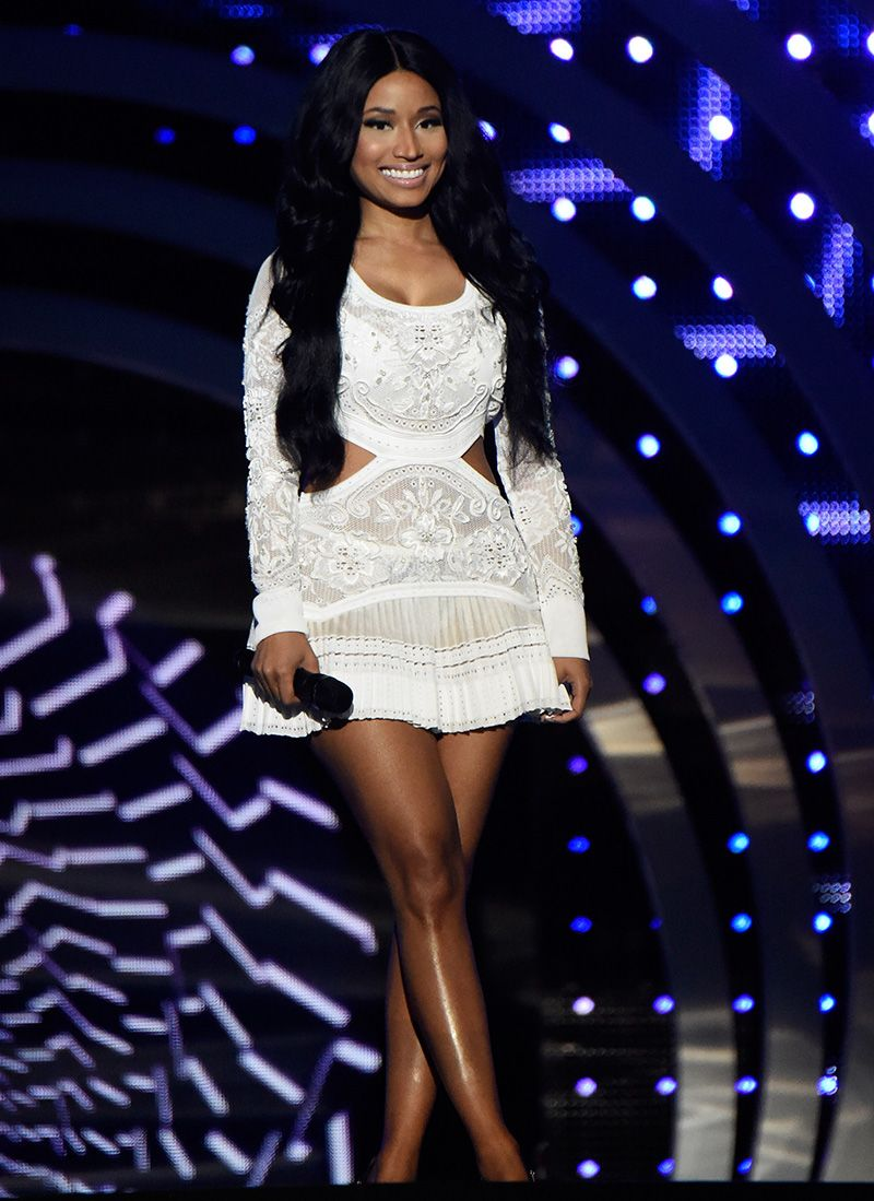 See All 10 Outfits Nicki Minaj Squeezed Into The 2014 Ema