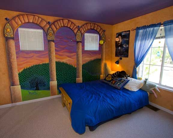 Harry Potter Bedrooms Thatll Put A Spell On You MTV - Harry potter bedroom designs