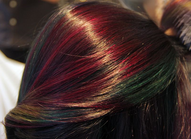 Heres how you transform brunette hair to this multicolor trend mtv mtv solutioingenieria Choice Image